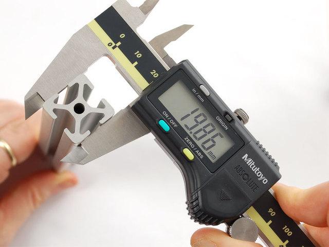 Digital measuring slider 0-150 mm sliding guide with LCD display batt pg