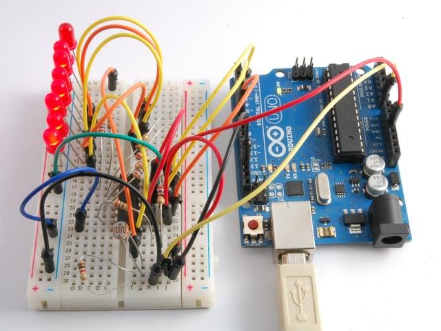 Arduino Lesson 9 Sensing Light