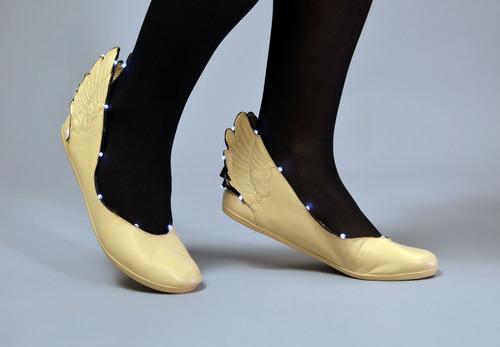 LED Ribbon Shoes