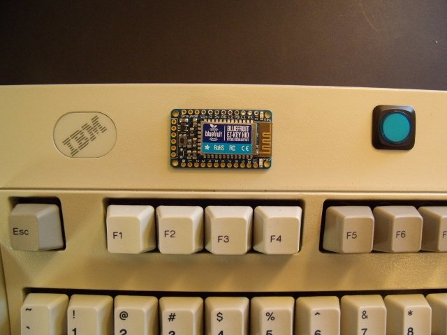 Convert your Model M Keyboard to Bluetooth with Bluefruit EZ-Key HID