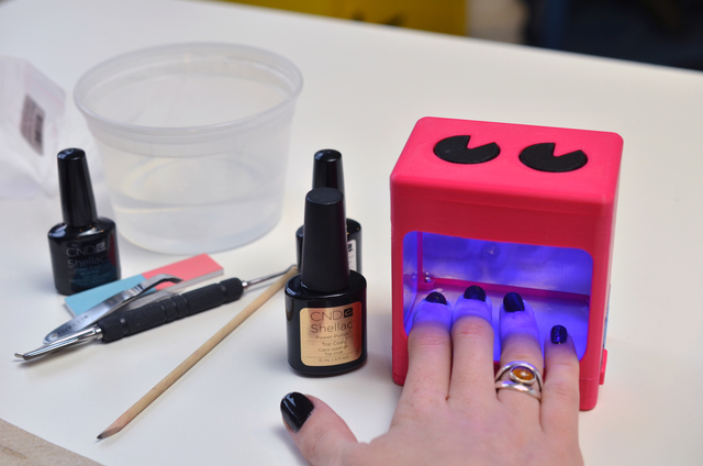 UV Manicure Lamp