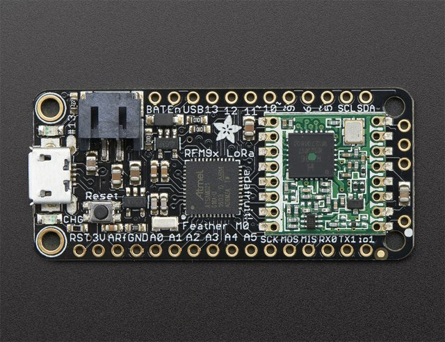 Adafruit Feather M0 Radio with LoRa Radio Module