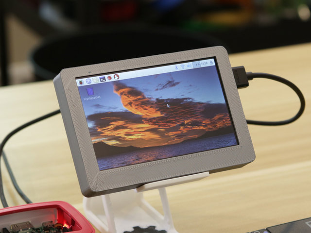 Portable 5in Monitor with HDMI