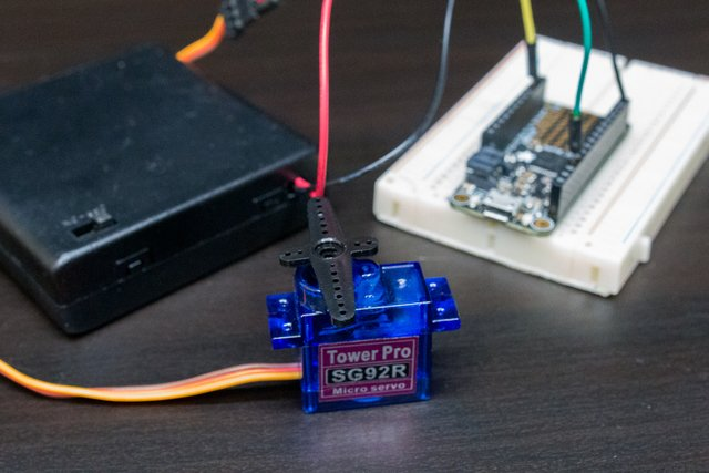 Using Servos With CircuitPython and Arduino